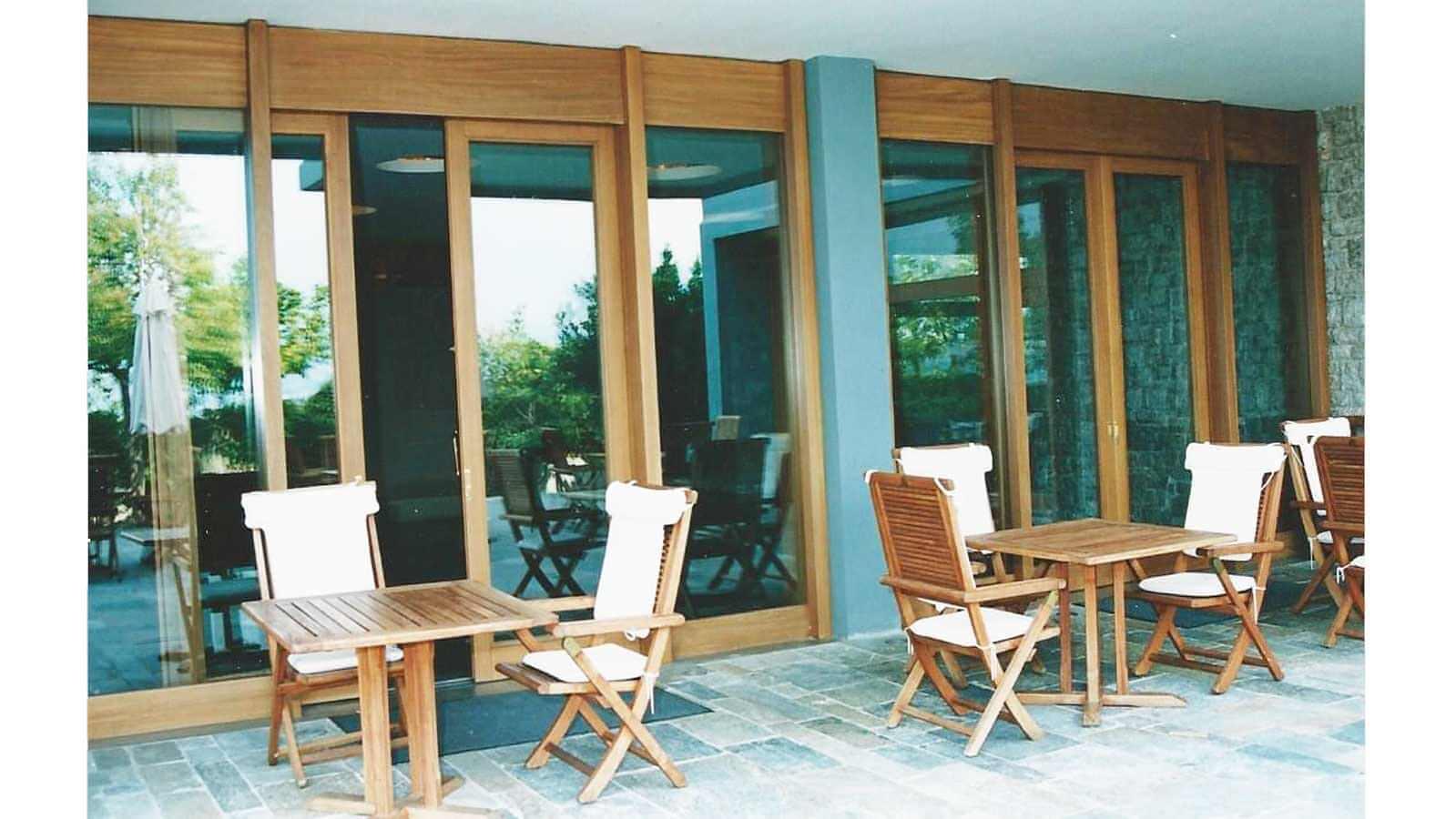 Πόρτες βεράντας από μασίφ ξύλο IROCO