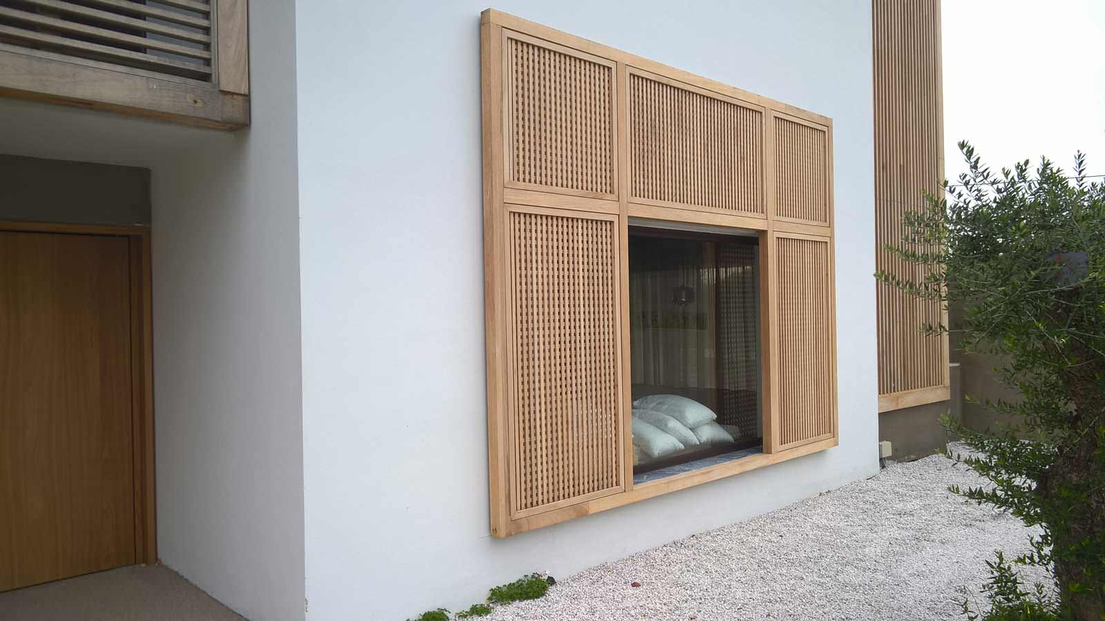 Outdoor decoration with wood NIAGON
