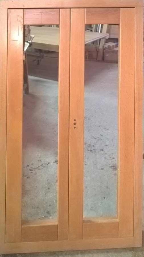Παράθυρο ΔΡΥΙΝΟ μασίφ με κρυφούς μεντεσέδες