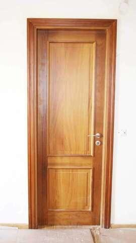 Εσωτερική πόρτα IROCO μασίφ