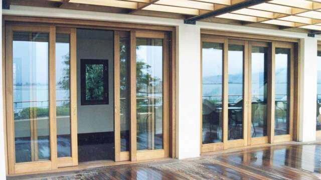 Dual sash retractable door with G.U mechanism made of solid IROCO