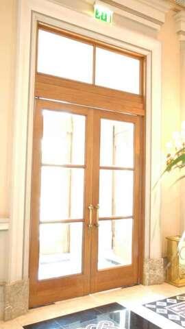 Dual sash door of OAK ale retour