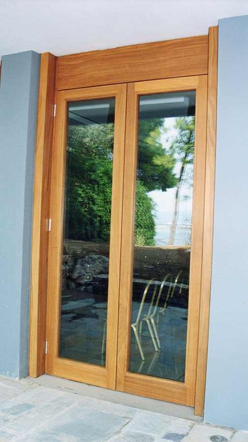 Δίφυλλη πόρτα IROCO μασίφ