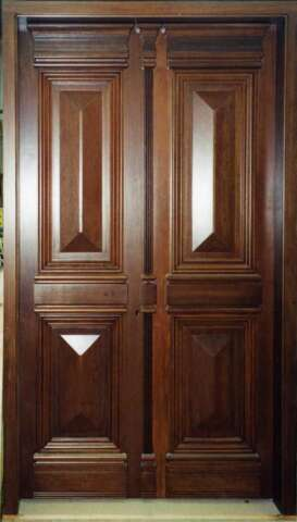Neoclassic door of solid WALNUT